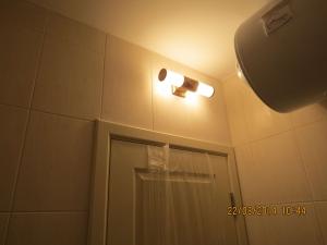 Antique Palace. Byala. Освещение  в ванной комнате
