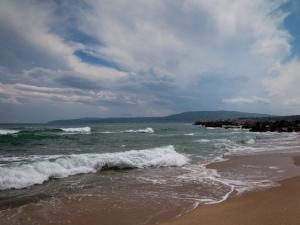 Варненская область. Бяла. Антик Палас. Вид с пляжа в сторону Обзора